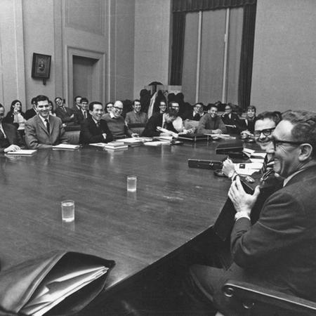 Image of Henry Kissinger holding last seminar in 1968