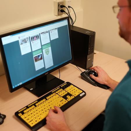 Accessibility Computer with Assistive Technology