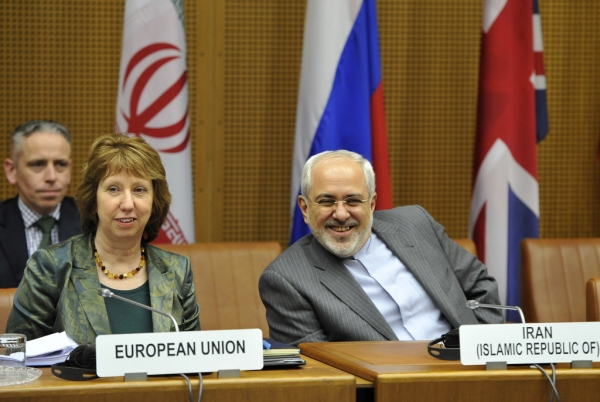Catherine Ashton and Mohammed Javad Zarif at P5+1 talks in Vienna
