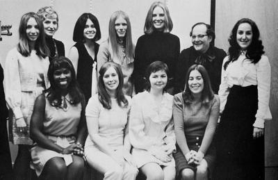 Harvard Law Wives Club, 1972 Yearbook photo