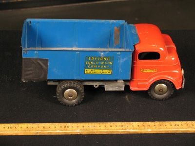wind-up truck