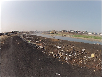 Image of AMA cleaning along the Korle Lagoon