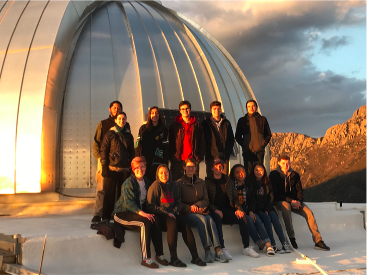2019 Group at the observatory