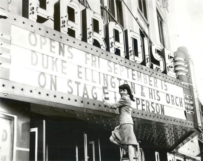 Photo of the Detroit Symphony Orchestra Paradise marquee