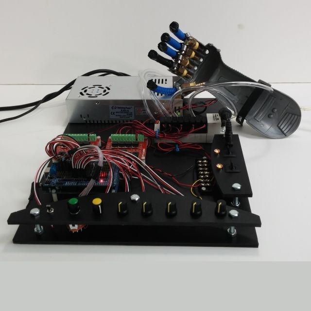 Soft robotic hand and control board
