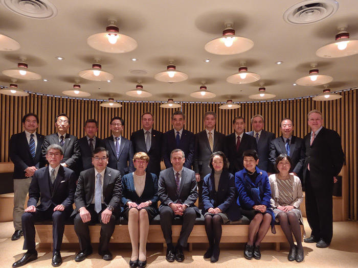 Image of US-Japan Program leadership with Harvard President Bacow in Japan