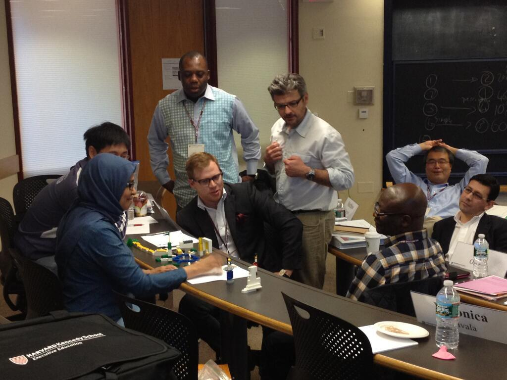 Matt Andrews interacts with students during an Executive Education course in 2013.