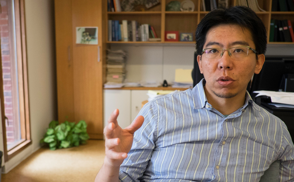 Joe Zhou, an associate professor in Harvard's Department of Stem Cell and Regenerative Biology