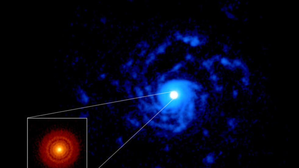 ALMA image of the planet-forming disk around the young star RU Lup.