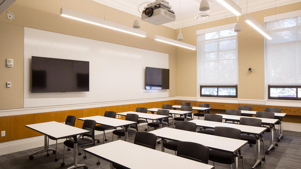 Robinson Hall 105: A Flexible Technology-Rich Active Learning Classroom